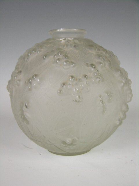 "100: Rene Lalique ""Druide"" vase in clear and frosty gla"
