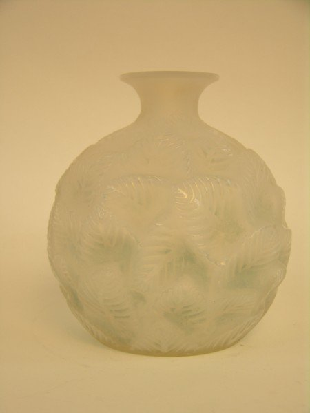 "107: Rene Lalique ""Ormeaux"" vase in a milky white glass"