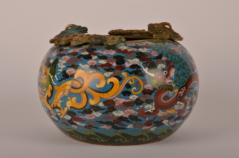 199: Chinese Chien Lung period cloisonné bowl