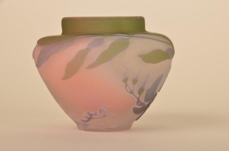 265: Emille Galle minature cameo vase. - 3