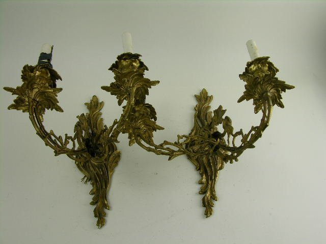 298: Pair of Louis XV style gilt bronze wall sconces