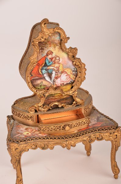 14: Viennese enamel and gilt-metal dressing table music