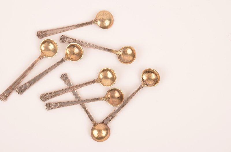 21: Set of 8 Tiffany sterling silver salt spoons.Set of