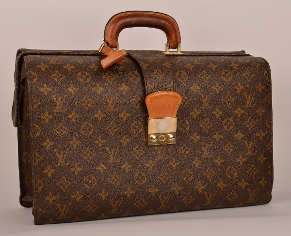 272: Rare Louis Vuitton monogram canvas serviette Femoi