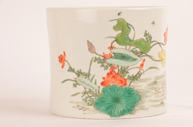 Chinese Famille Rose Porcelain Brush Pot, Kangxi Mark.