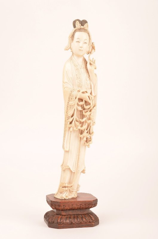 LATE ENTRY: Carved ivory figure of a Chinese beauty
