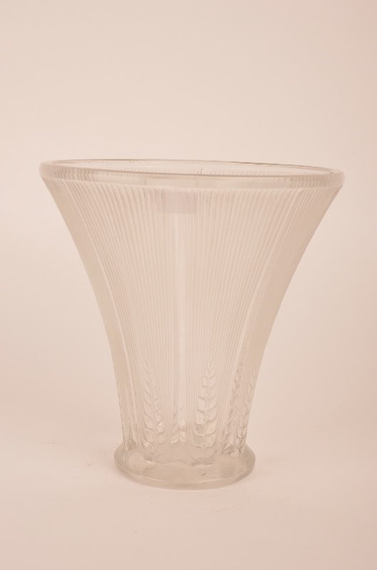 "Rene Lalique ""Epis"" vase in clear glass."