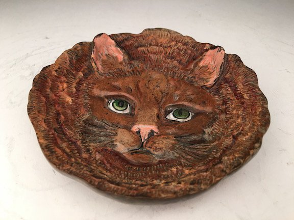 Vienna cold painted bronze dish with a cat face.