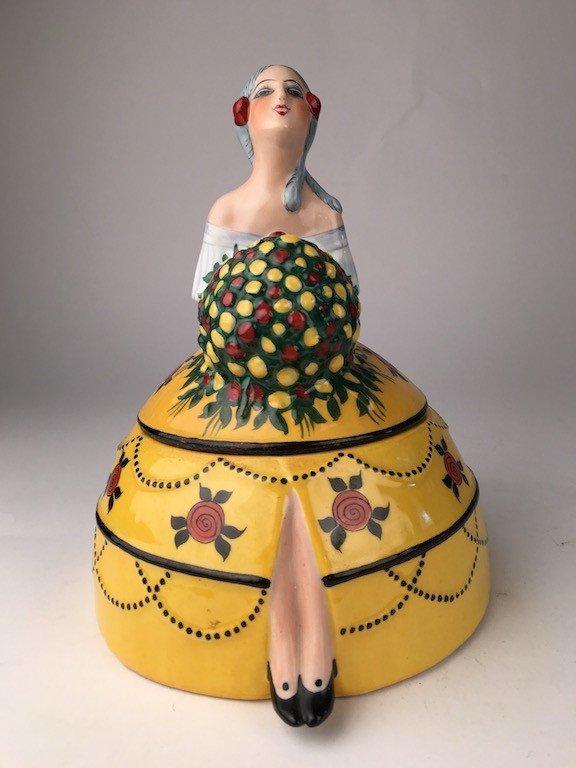 """D.H. Chiparus """"Vestale"""" porcelain box."""
