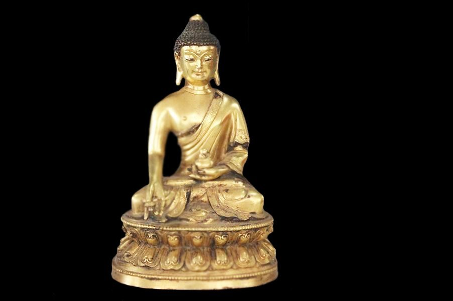 Beautiful Gilt Bronze Shakyamuni