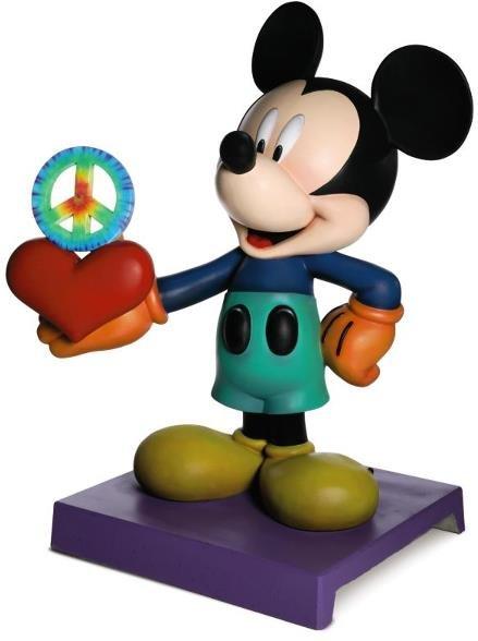 7: Peace & Love Mickey Statue: Michelle Kwan,   Cha