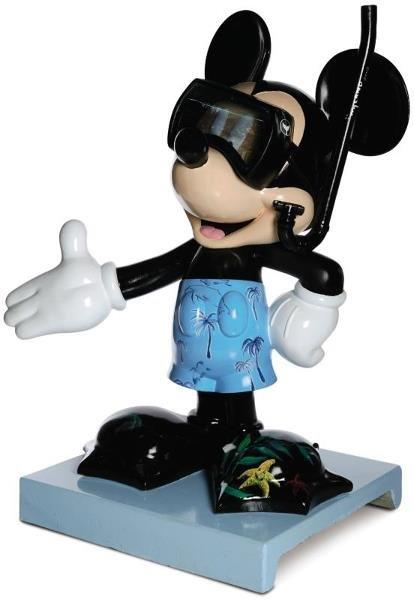 9: Undersea Mickey Mickey Statue: Wyland,   WYLAND is t
