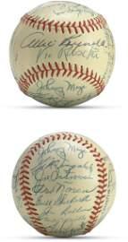 45: 1952 (World Champion) New York Yankees Team Signed