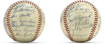 47: 1953 (World Champion) New York Yankees Team Signed