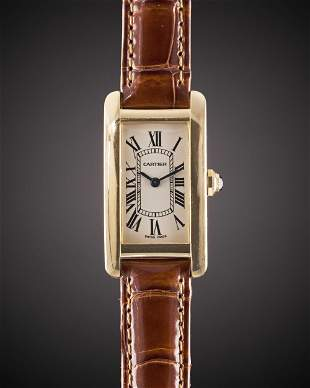 A LADIES 18K YELLOW GOLD GOLD CARTIER TANK AMERICAINE