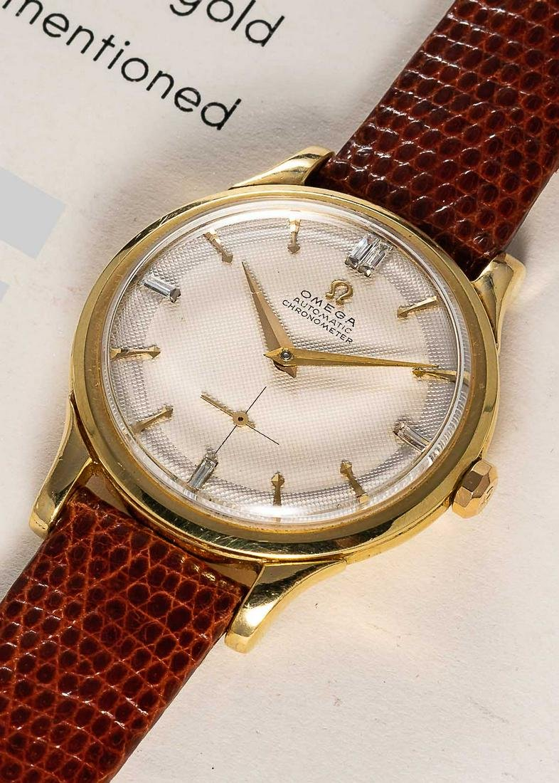 A RARE GENTLEMAN'S 18K SOLID YELLOW GOLD OMEGA