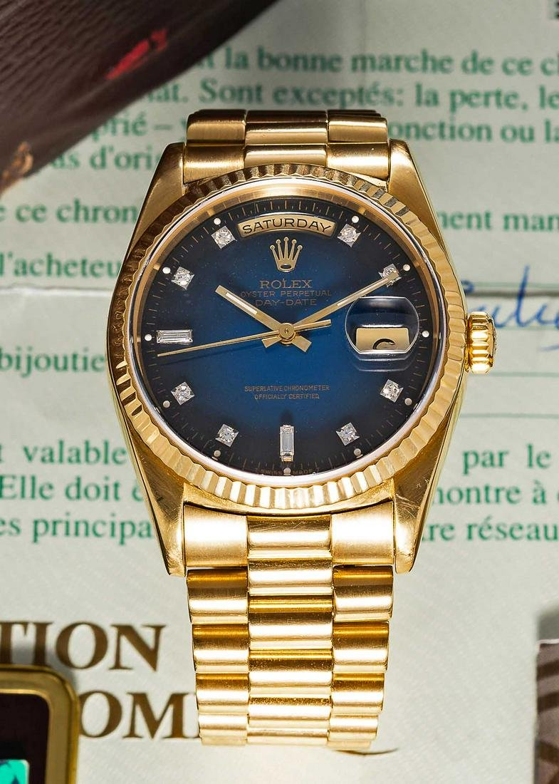 A RARE GENTLEMAN'S 18K SOLID YELLOW GOLD ROLEX OYSTER