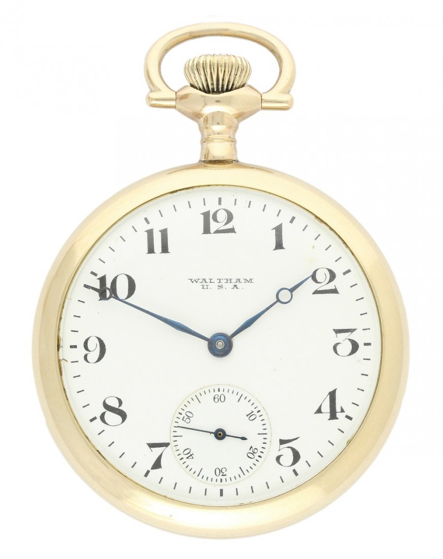 A GENTLEMEN'S GOLD PLATED WALTHAM POCKET WATCH CIRCA