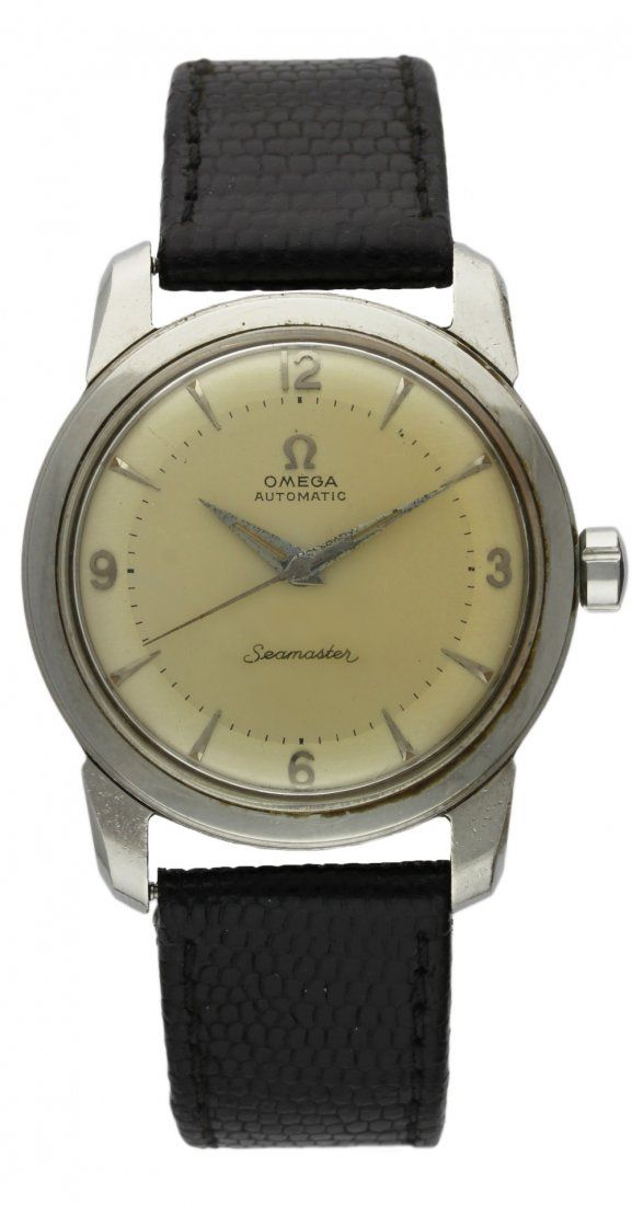 A GENTLEMAN'S STAINLESS STEEL OMEGA SEAMASTER