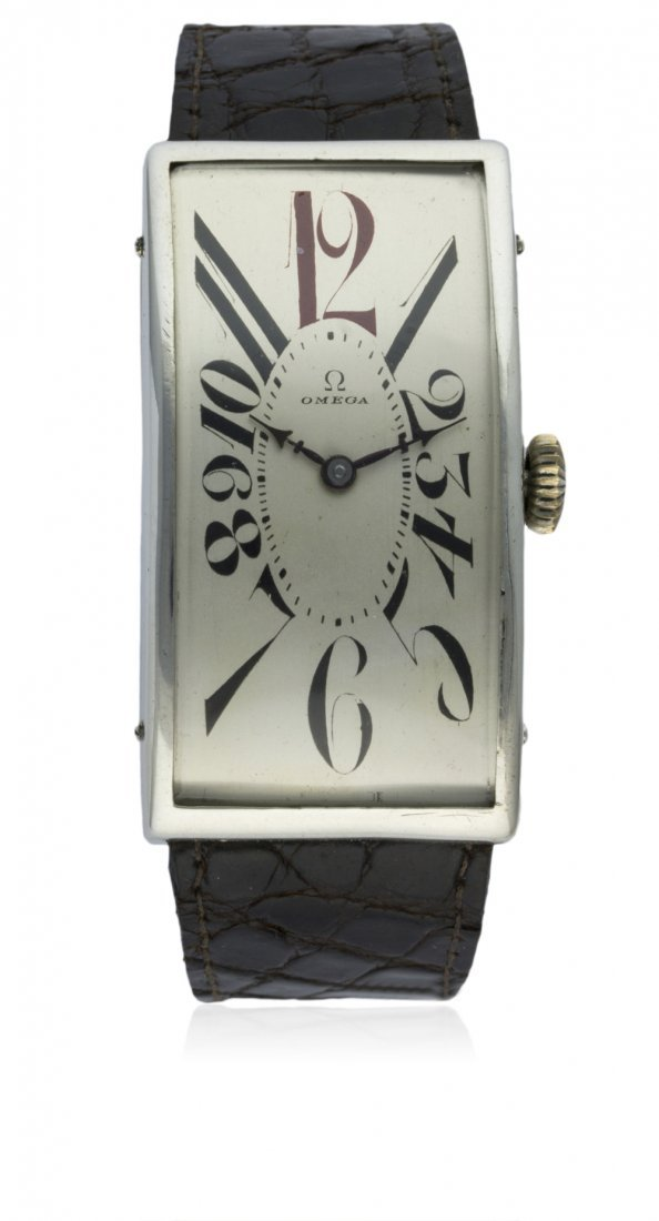 A RARE GENTLEMAN'S LARGE SOLID SILVER OMEGA WRIST WATCH
