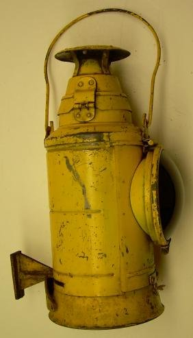 Pennsylvania Railroad Yellow Marker Lamp