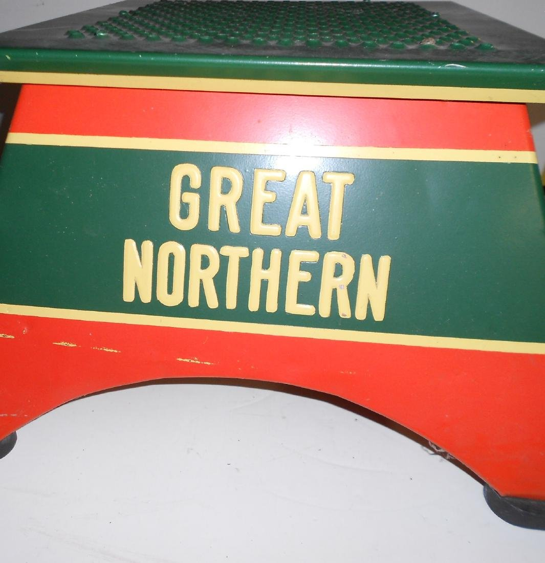 Great Northern Railway Step Box by Morton - 2