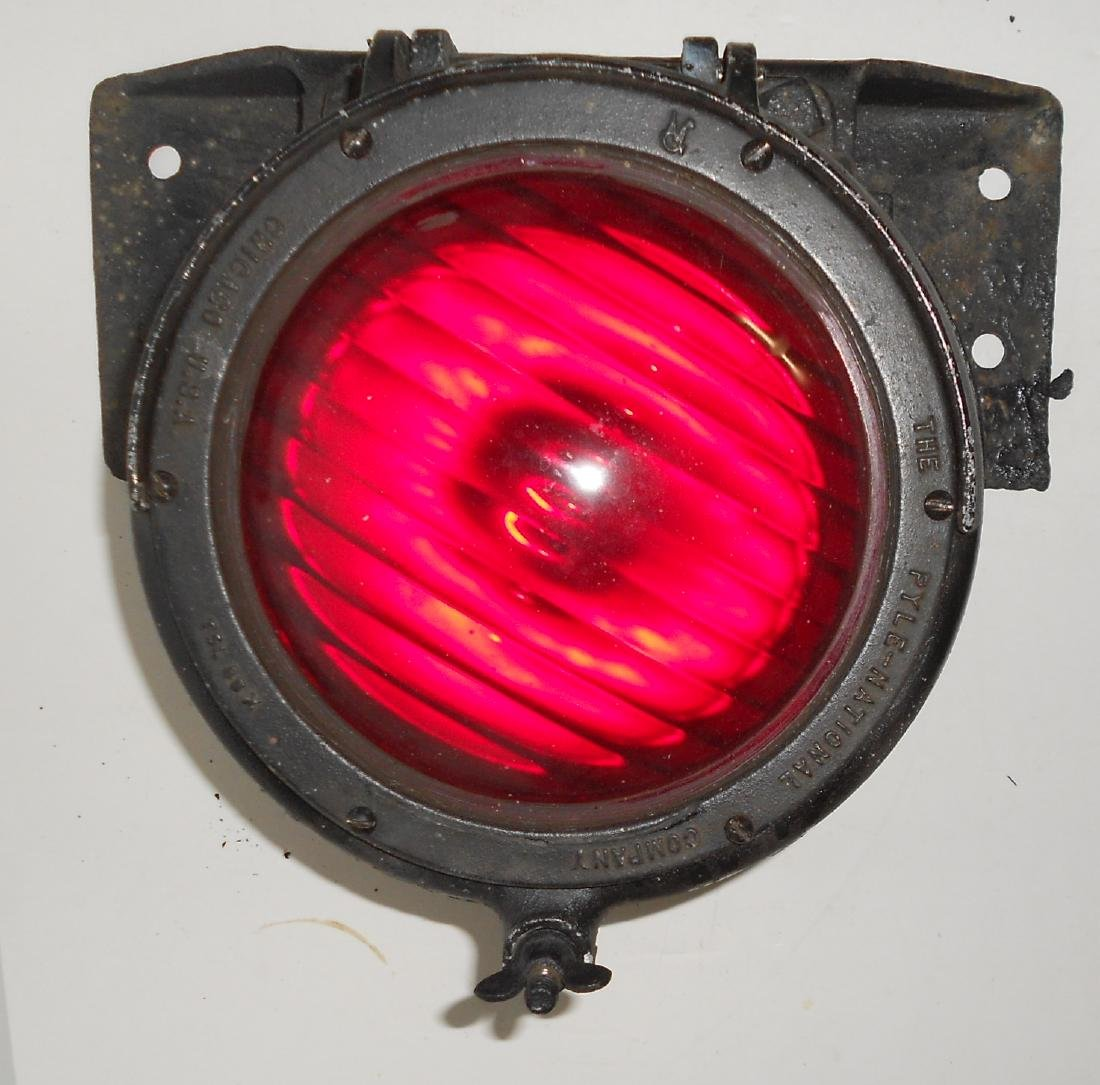 * Erie Lackawanna MU Car Headlight + Red - 5