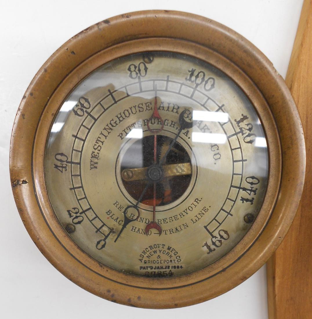 2 Gauges: Westinghouse, American Bourdon - 2