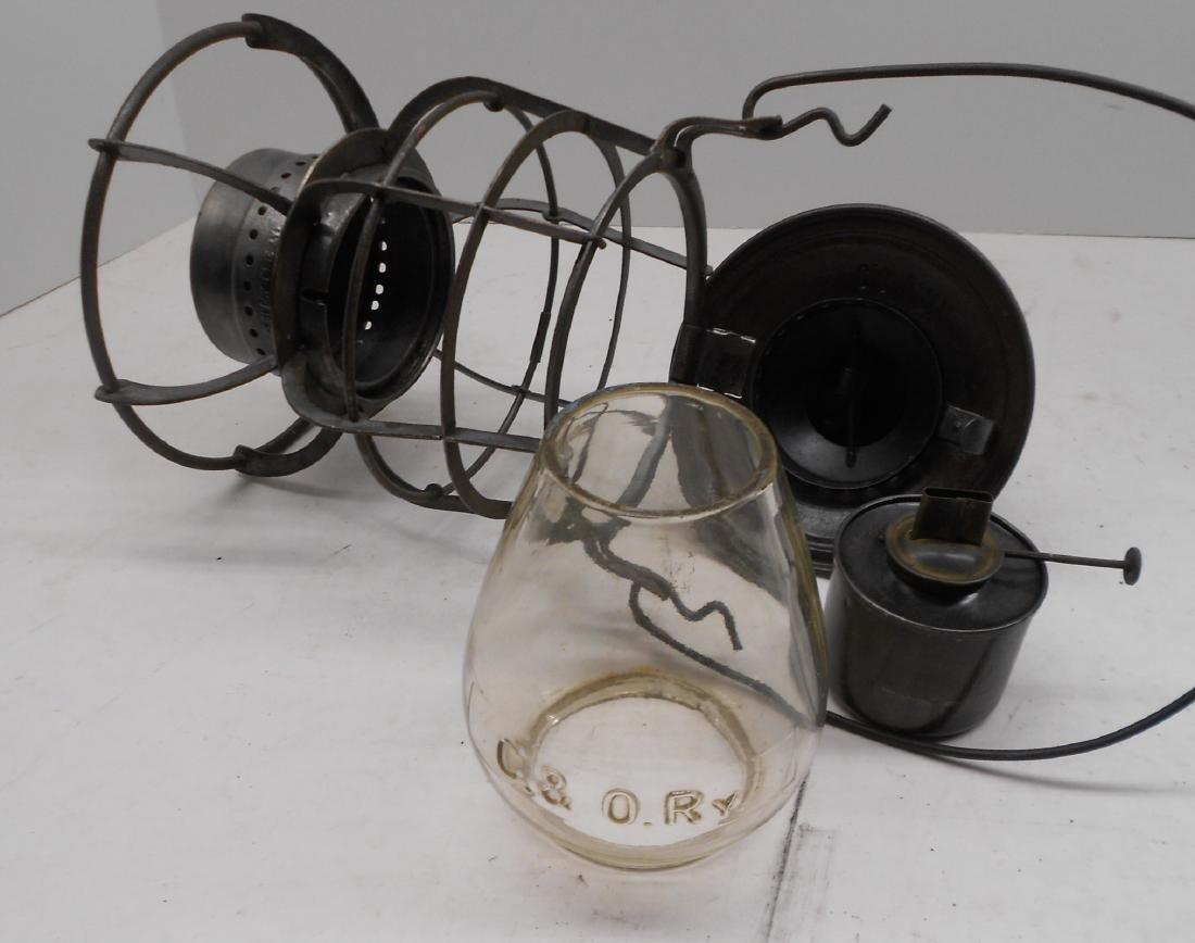 Chesapeake & Ohio Railway Armspear Lantern - 5