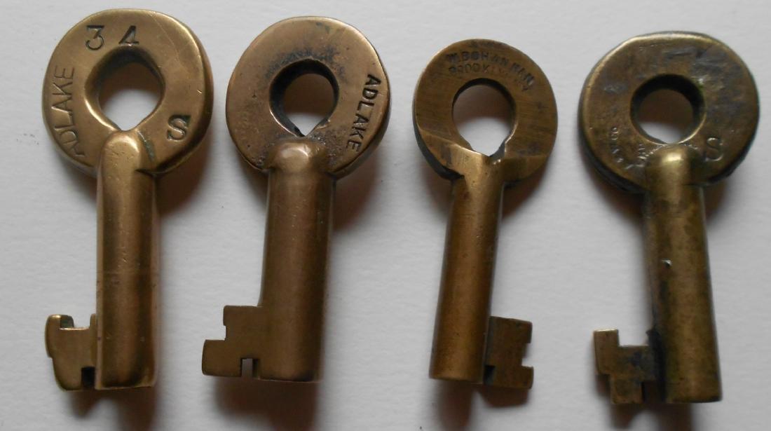 4 New York Central Brass Switch Keys - 2