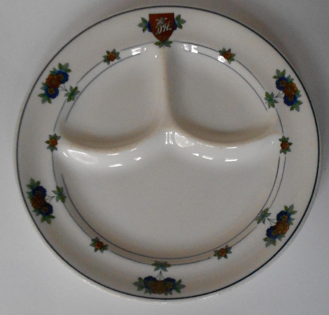 "Delaware & Hudson ""Canterbury"" Divided Dinner Plate"