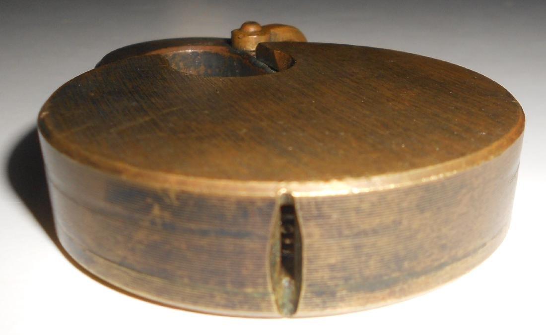 Santa Fe Brass Cast Pancake Lock - 3