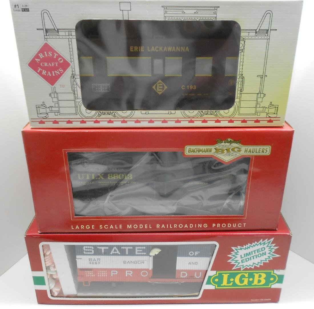 G Scale 3 Boxed US Freights: caboose, tank box car