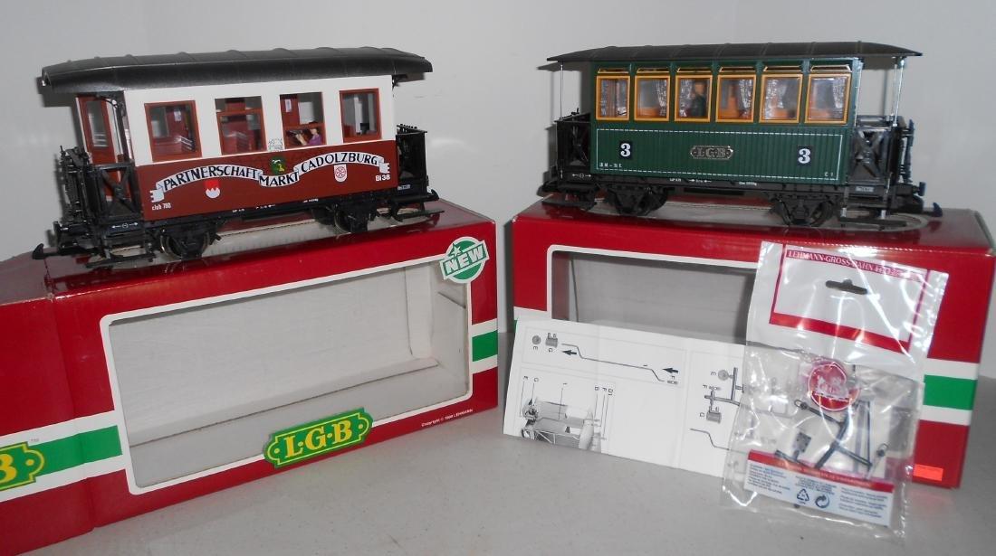 G Scale LGB Passenger Cars: 3207, 35090