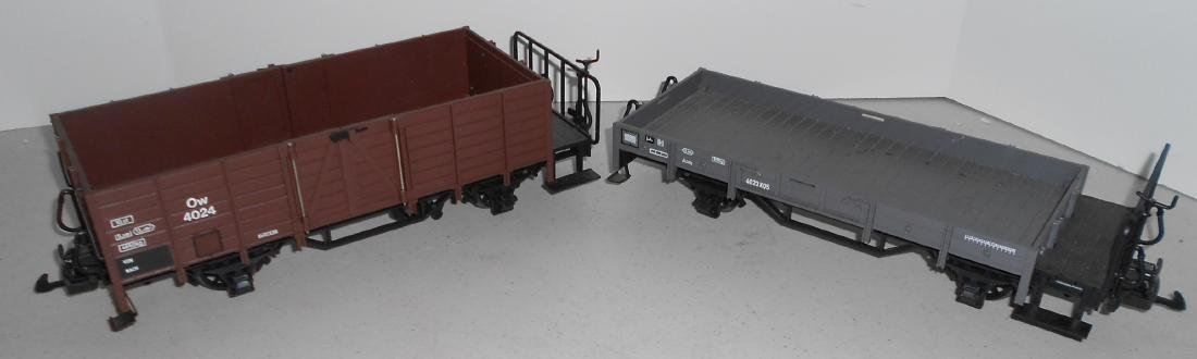G Scale LGB Freight Cars: 40240, 40230 - 3