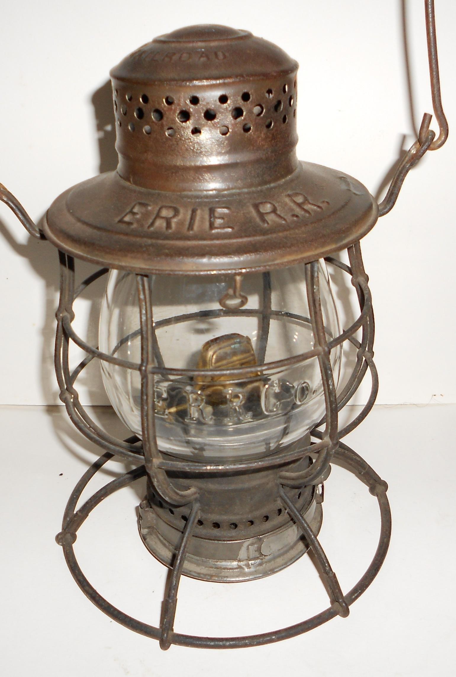 Erie Railroad C. T. Ham Lantern nice ERRCo cast Globe