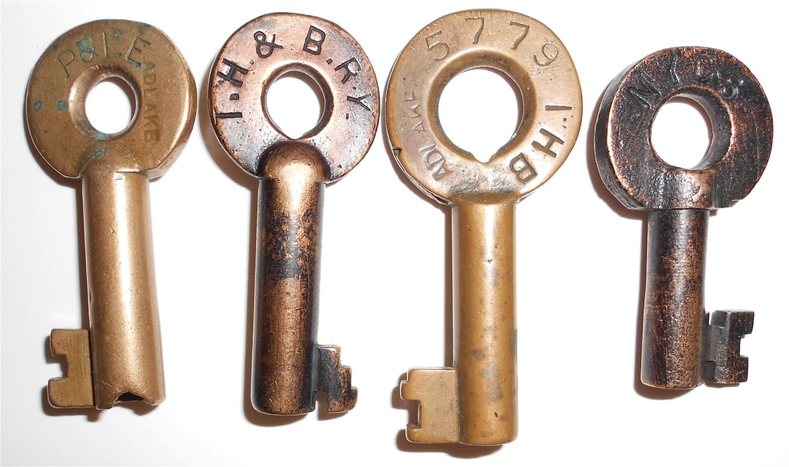 4 Brass Switch Keys: P&LE, IHB, TH&B, NYC
