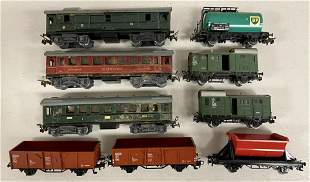 9 Marklin HO Freight and Passenger Cars