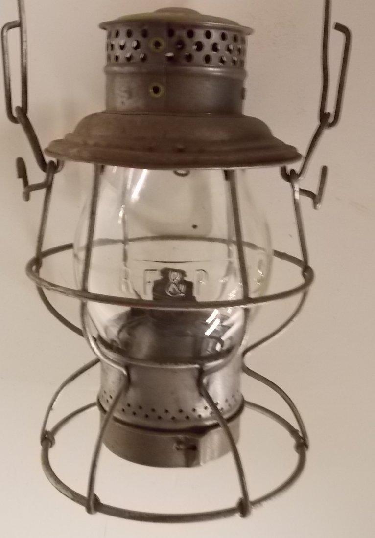 RF&P-WS Twist Off Base Railroad Lantern CC Globe