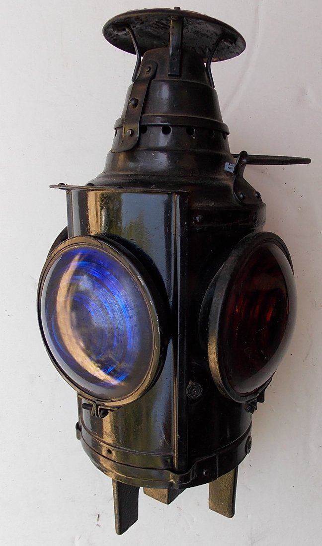 New Haven Dressel Switch Lamp