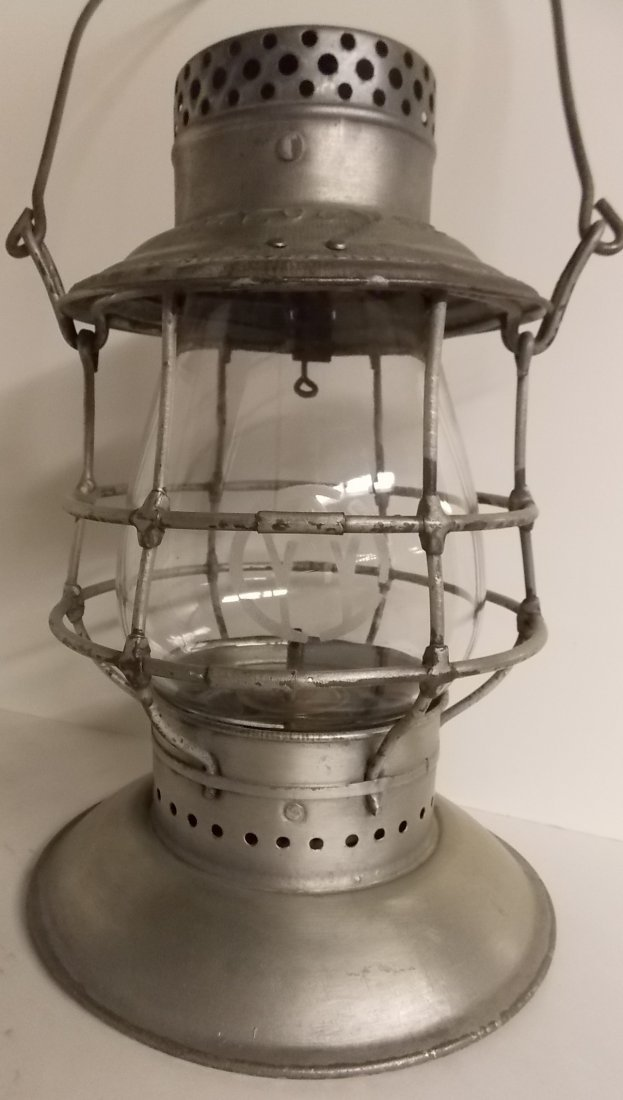 Ontario & Western Railroad Lantern BB O&W Globe