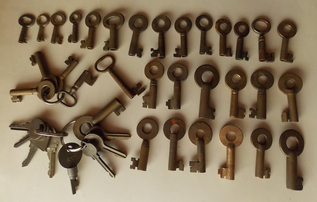 Large group of about 40 Keys many Railroad