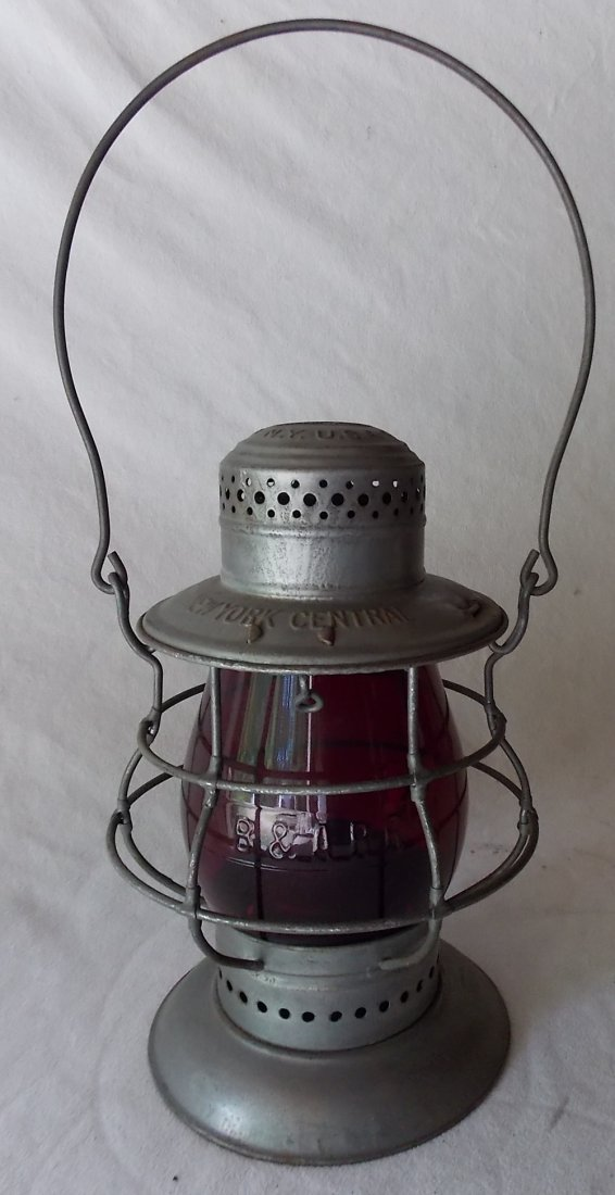 New York Central Bellbottom Dietz Lantern - 2