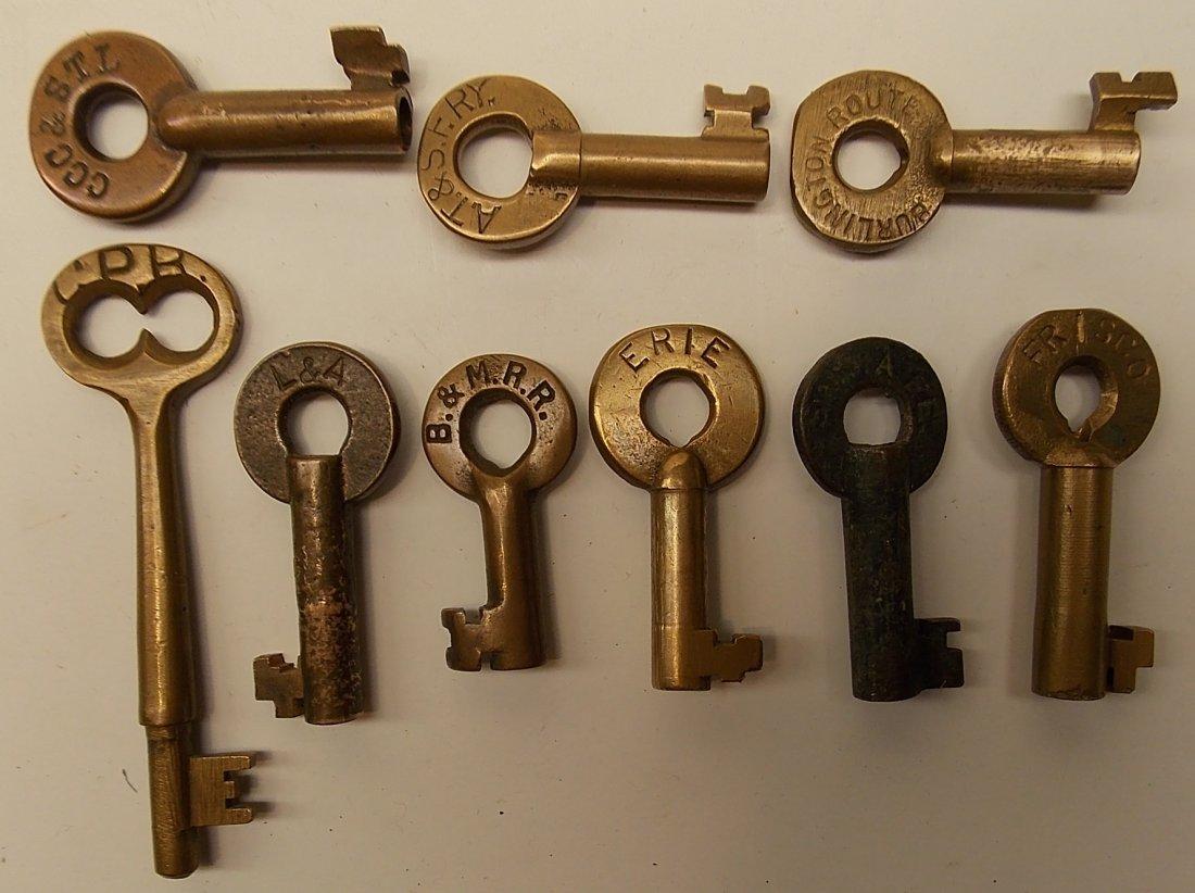 9 Keys: one coach, 8 switch