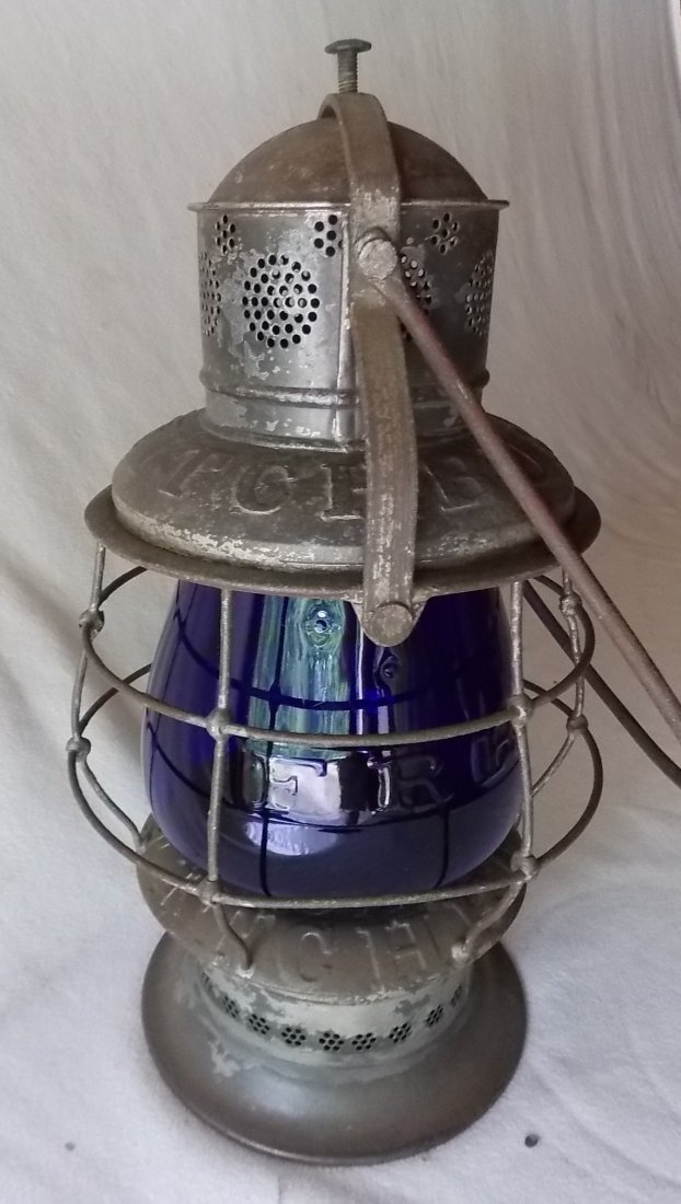 Fitchburg Railroad Thompson Lantern Blue Cast Globe