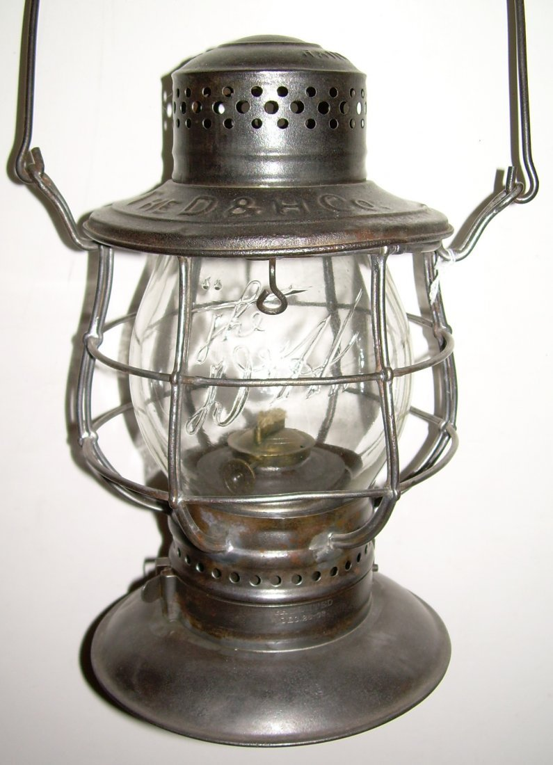 Delaware & Hudson Bellbottom Lantern Logo Globe
