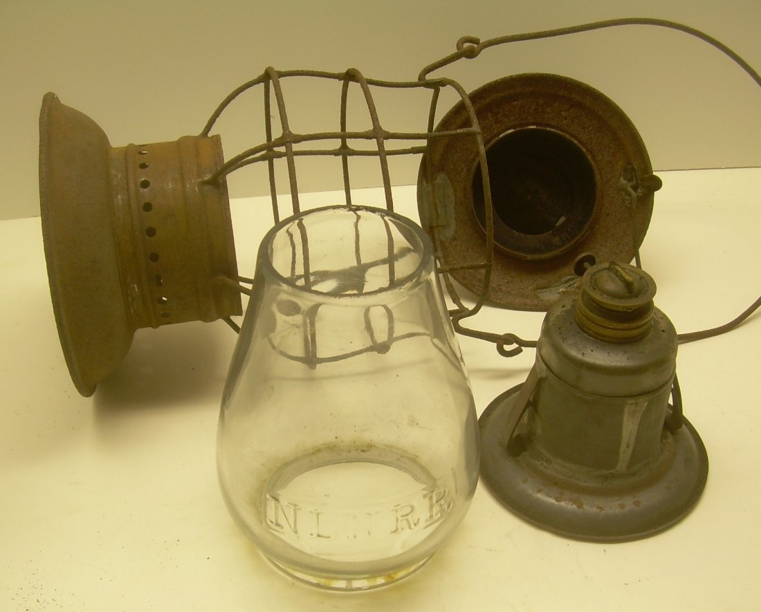 New London Northern Brasstop Lantern CC Globe - 7