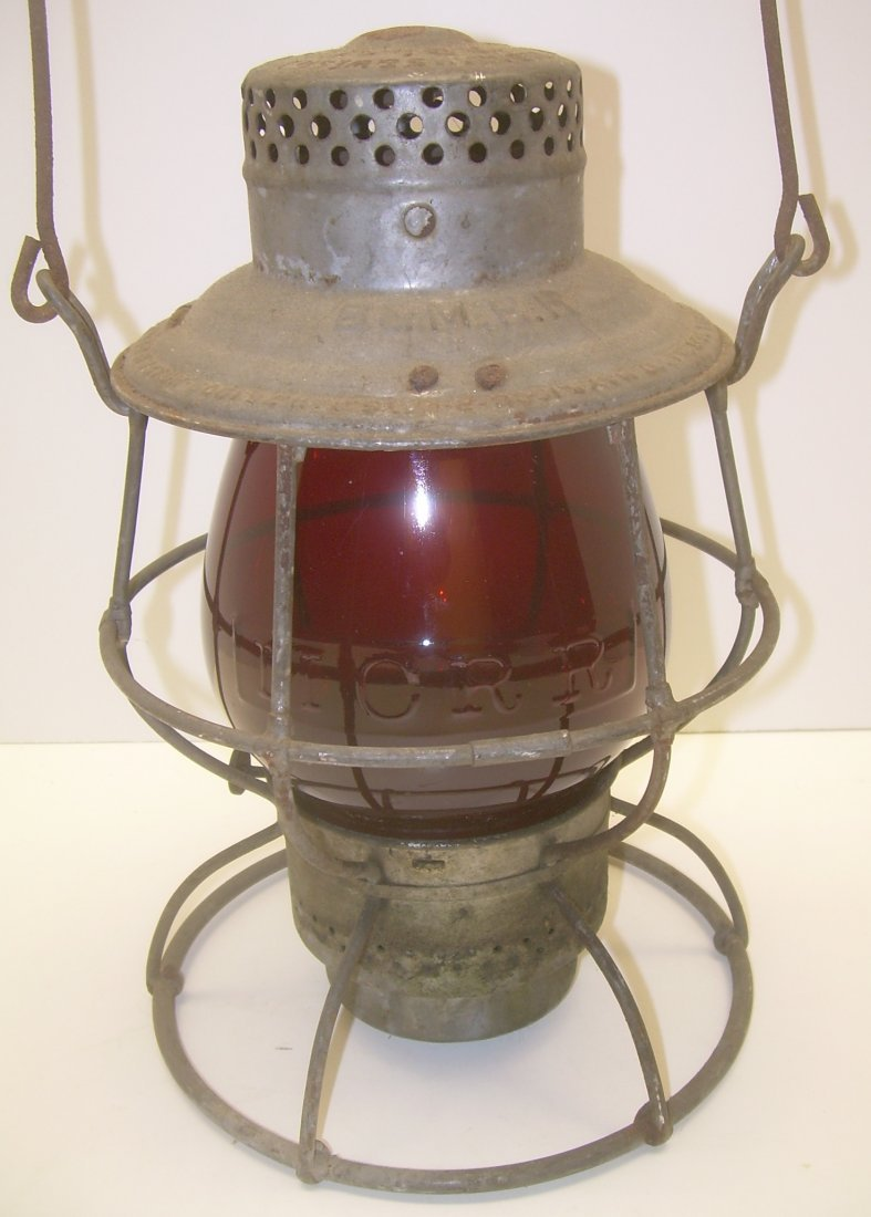 B&M Reliable Lantern Fine MC EB Flashed Globe
