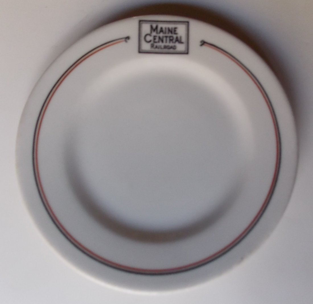 """Maine Central """"Bangor"""" Pattern China Plate"""