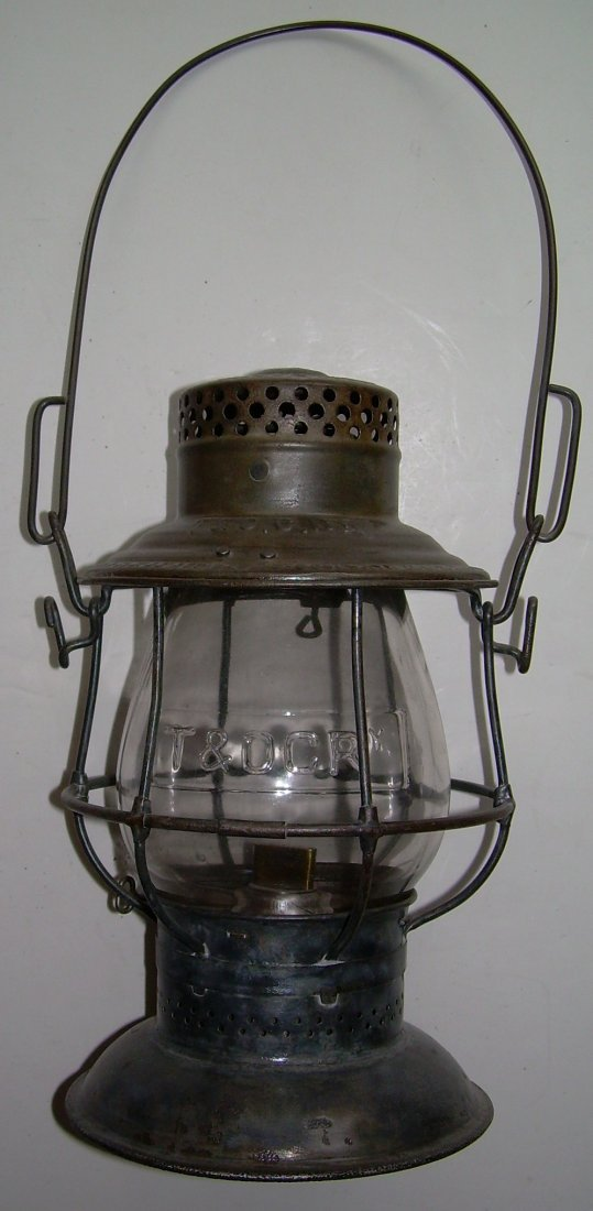 Toledo & Ohio Central Railroad Lantern nice Globe!